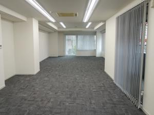 フローラルセントランドビル2階室内