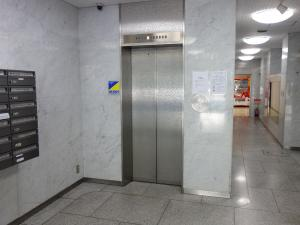 弥生新大阪第一ビルエレベーター
