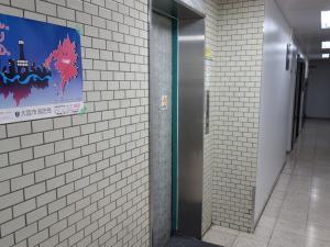 商栄ビルエレベーター