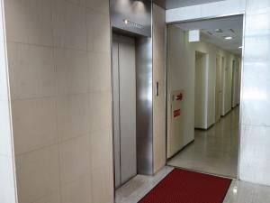 長堀八千代ビルエレベーター