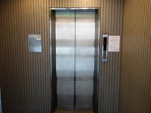 コーリング本町ビルエレベーター