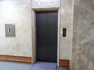 テクノーブル四ツ橋ビルエレベーター