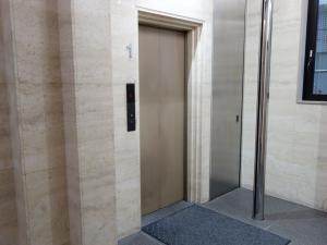 グレーシィ天神橋ビル2号館エレベーター