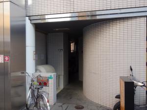 日宝新大阪第1ビルエントランス