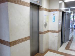 マッセ難波ビルエレベーター
