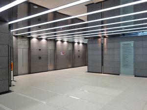 東京建物梅田ビルエレベーター