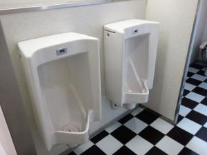 南海難波御堂筋ウエストビル男子トイレ