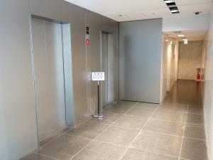 コウヅキキャピタルウエストビルエレベーター