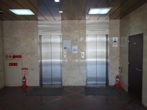 NK谷町ビルエレベーター