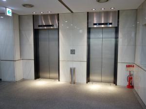 京町堀スクエアビルエレベーター