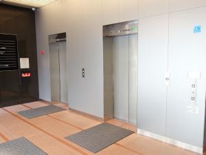御堂筋ジュンアシダビルエレベーター
