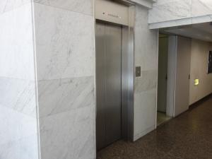 カミビルエレベーター