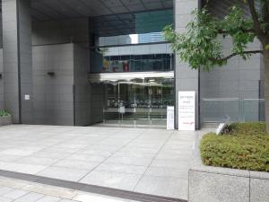 東京建物梅田ビルエントランス