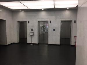 大阪四ツ橋新町ビルエレベーター