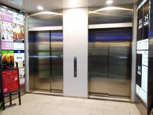 コクミンビルエレベーター