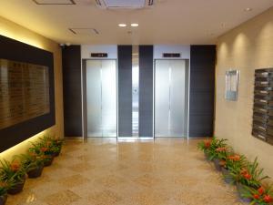 新中島ビルエレベーター