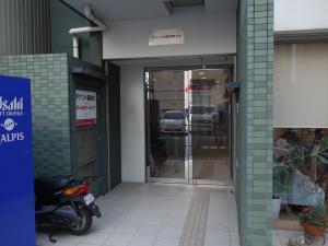 グレース大阪本町ビルエントランス