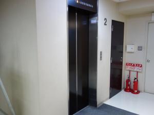 心斎橋コラムナービルエレベーター