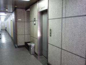 日宝船場中央ビルエレベーター