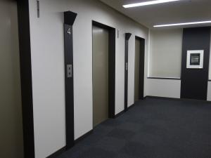KM西梅田ビルエレベーター