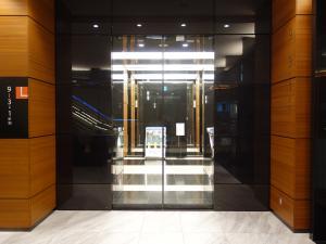 淀屋橋三井ビルディング(淀屋橋odona)エレベーターホール