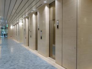 ツイン21(MIDタワー・TWIN21)ビルエレベーター