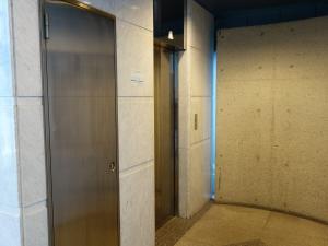 シンプレス江坂ビルエレベーター