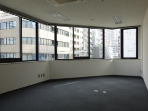 SANWAトレーディングビル1号室室内
