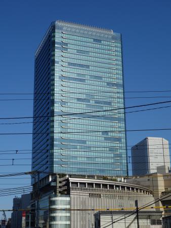 グランフロント大阪 タワーB 外観写真