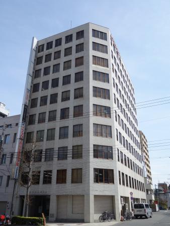 上六新興産ビル 外観写真