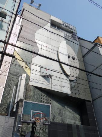 OPUS1(オーパスワン)ビル 外観写真
